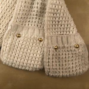 Michael Kors Accessories - Michael Kors Knitted Cream Pocket Scarf